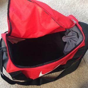 Nike Bags - Nike Mens Brasilia Red Medium Duffel Gym Bag